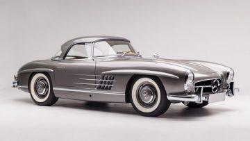1960 Mercedes Benz 300 SL Roadster, estimate $1,100,000 - $1,300,000