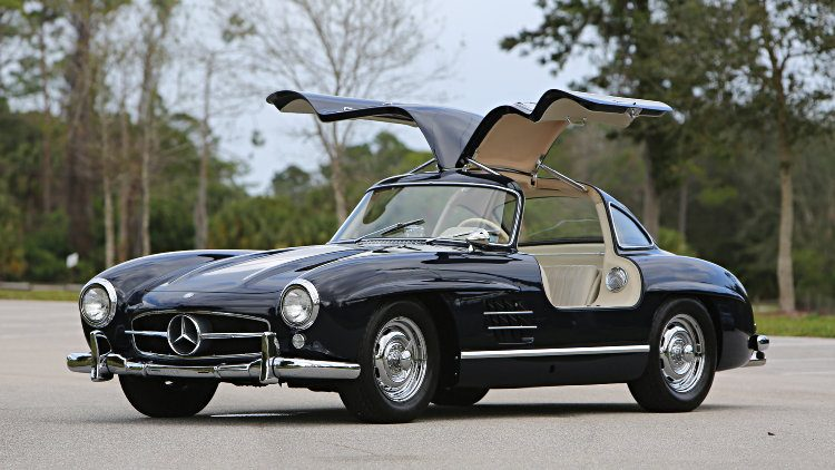 1956 Mercedes Benz 300 SL Gullwing, estimate $1,100,000 - $1,300,000,
