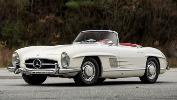 1963 Mercedes-Benz 300 SL Roadster (Estimate: $1,750,000 – $2,250,000)