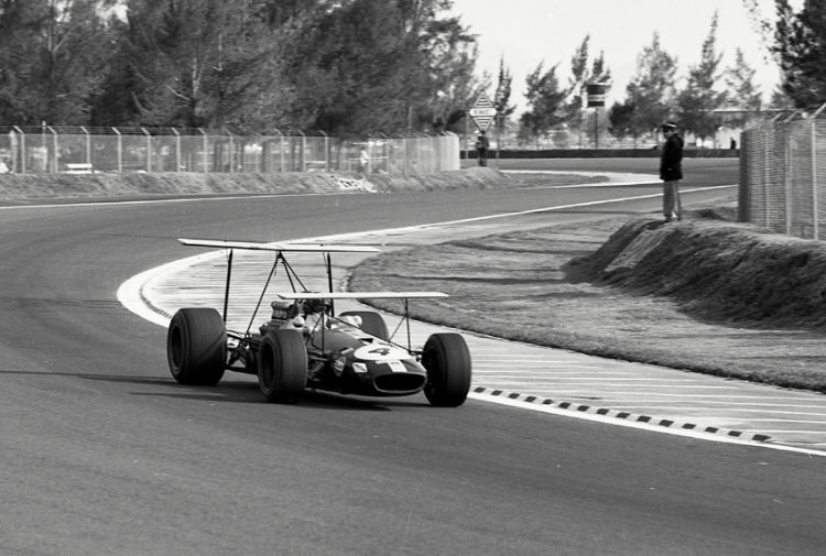 Jochen Rindt driving the Brabham BT26 during the 1968 Mexican Grand Prix