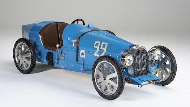 2018 Bugatti Childs car