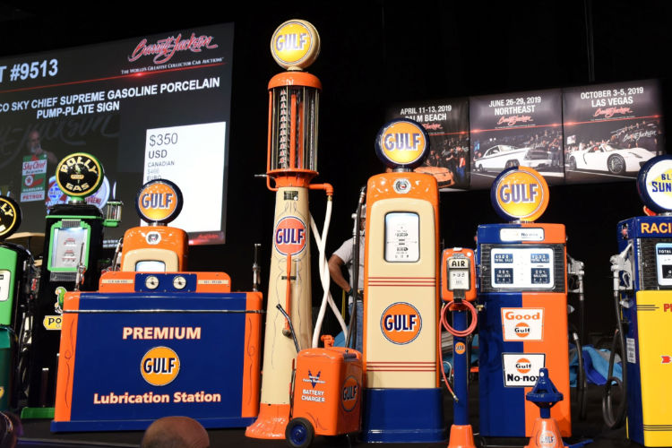 Over 1,500 pieces of automobilia from two collections brought in over $4.05 million this week © Barrett-Jackson