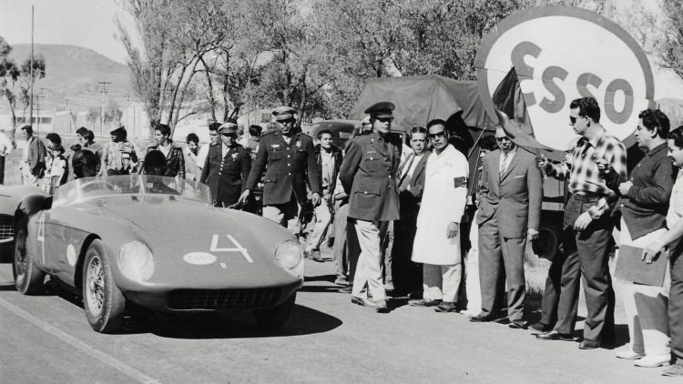Chassis no. 0448 MD at the 1962 Carrera Presidential in Mexico