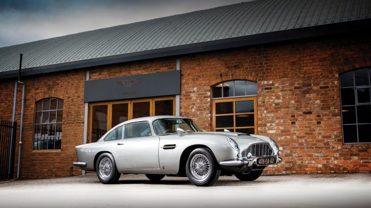 1965 Aston Martin DB5 James Bond Profile