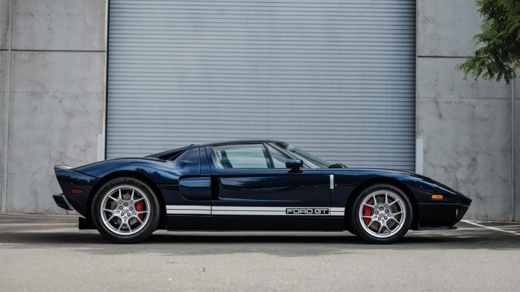 Blue 2005 Ford GT