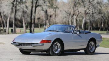 Silver 1972 Ferrari 365 GTB/4 Daytona Spider offered at Gooding Scottsdale 2020.