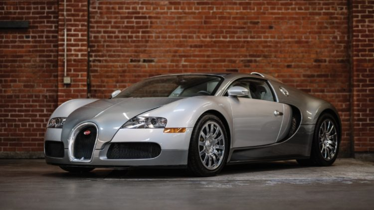 Silver 2008 Bugatti Veyron 16.4 on offer at RM Sotheby's Arizona Auction 2020