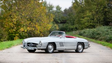 1963 Mercedes-Benz 300SL Roadster sold for €1,033,333 at Bonhams Paris 2020