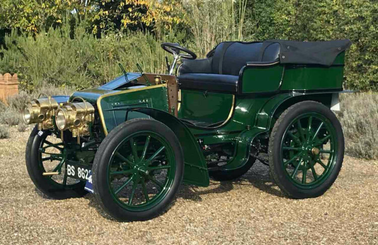1901 Panhard-Levassor Type A2 7HP Twin-Cylinder Rear-Entrance Tonneau