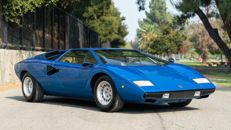 Blue 1975 Lamborghini Countach LP400 'Periscopica' on offer in Gooding Geared Online October 2020 Sale