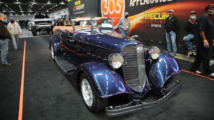 1934 Lincoln KA Convertible at Mecum Houston 2020