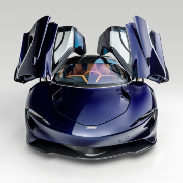 2020 McLaren Speedtail open doors