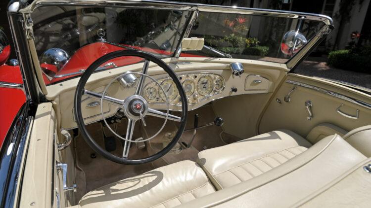 1934 Mercedes-Benz 500/540K Spezial Roadster interior