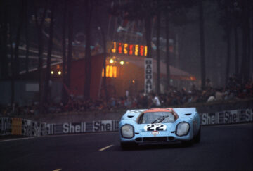 1970 Porsche 917K, chassis no. 917 026 at Le Mans at NIght