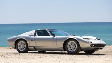 1970 Lamborghini Miura P400 S on sale in the Gooding Pebble Beach 2021 classic car auction during Monterey Motoring Week