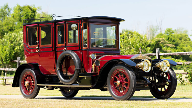 1910 Rolls-Royce 40/50 HP Silver Ghost Pullman Limousine on sale in the Gooding Pebble Beach classic car auction 2021